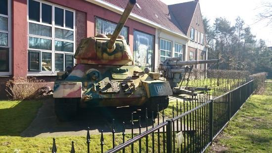 Arnhem War Museum: Foto från gatan