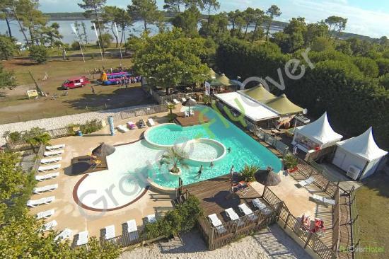 Piscine chauff e avec pataugeoire picture of camping - Camping lac aiguebelette avec piscine ...