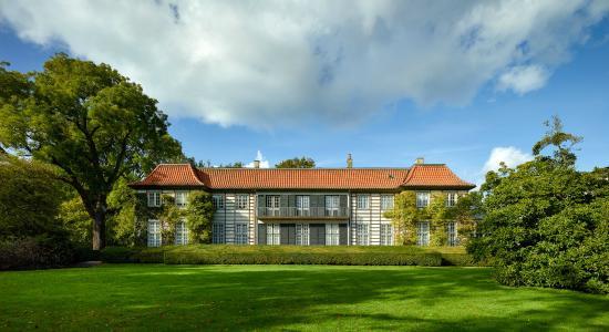 Charlottenlund, Denmark: Ordrupgaard blev opført i 1918 som herskabsvilla