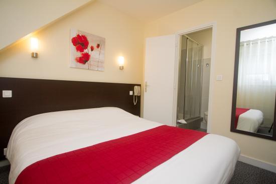 hotel leopol lorient voir les tarifs 140 avis et 26. Black Bedroom Furniture Sets. Home Design Ideas