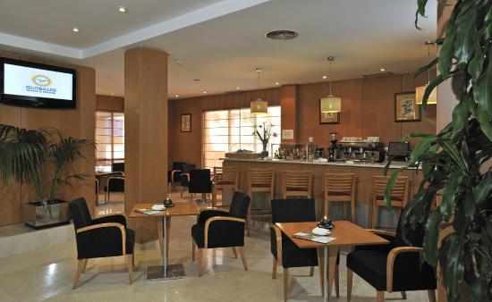 Globales de los Reyes: Cafeteria