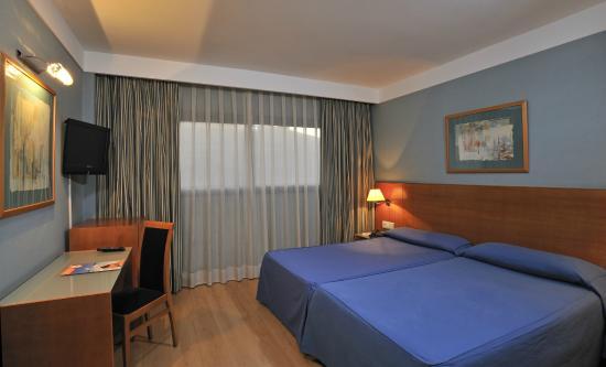 โรงแรมโกลบาลล์ เด โลส เรเยส