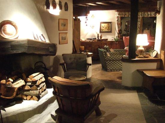 Chalet Hotel Senger: Warm and comfortable setting