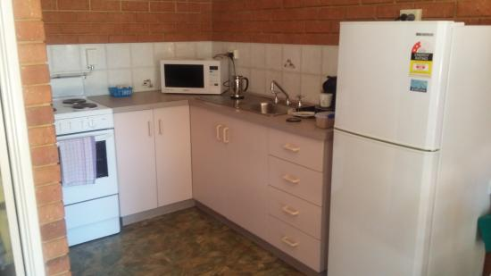 Abrolhos Reef Lodge: kitchen,  this all the pictures that i can load. i did have 7 pictures