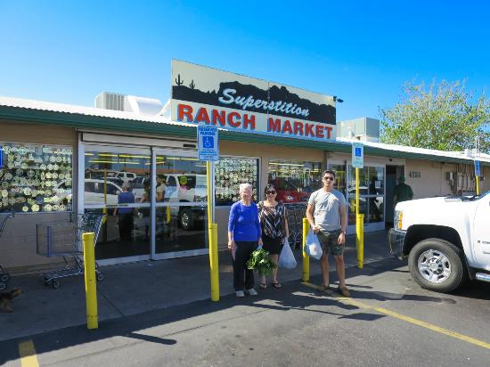 ‪Superstition Ranch Market‬