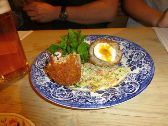 The Duck Inn: Lovely Scotch Egg with runny yolk