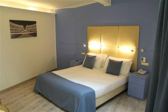 Tango Hotel: Cama confortável