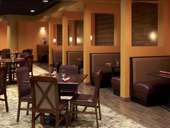 Harris, ميتشجان: 5 Bridges Steak & Seafood House