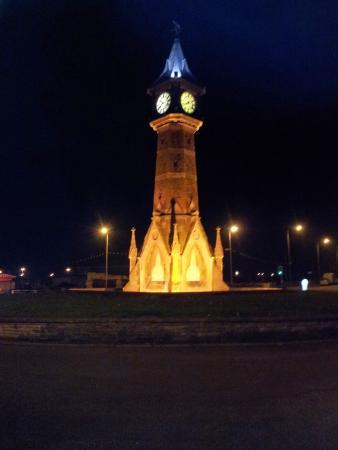 Chantry Villa - Skegness: The Clock at night