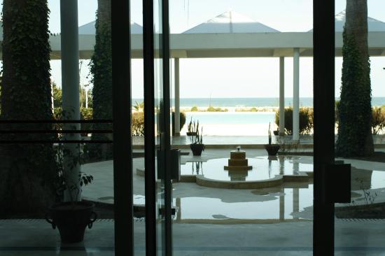 Hotel Bizerta Resort : Vue du hall