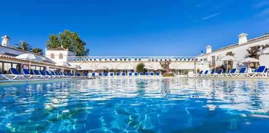 Globales Cortijo Blanco Hotel: Piscina