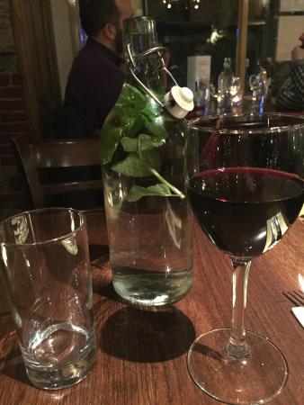 Cafe Topolis : Wine