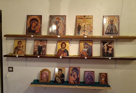Grassac, ฝรั่งเศส: Hand made icons for sale