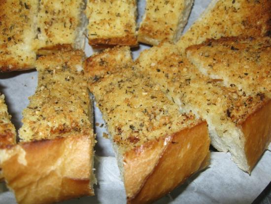 Republic Pizza Co.: Garlic Bread comes in 1/2 or Full Order.  (half order is approx 10 pieces)