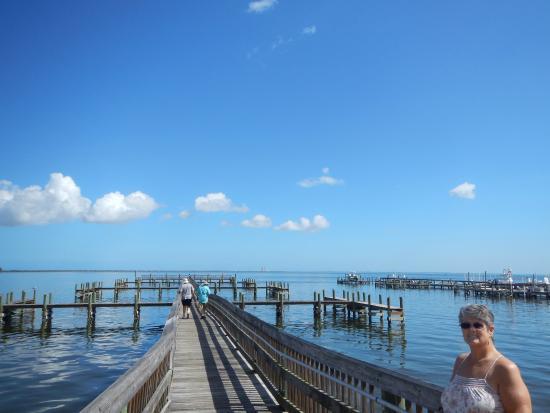 Space View Park: Veteran's free fishing pier