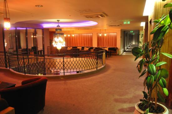 Caramell Premium Resort Superior : Lobby on 1st floor