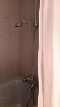 Residence Le Clos de Marie: douche sans lumière