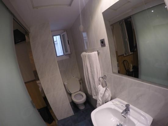 Hotel Barbara : Camera 506 - bagno