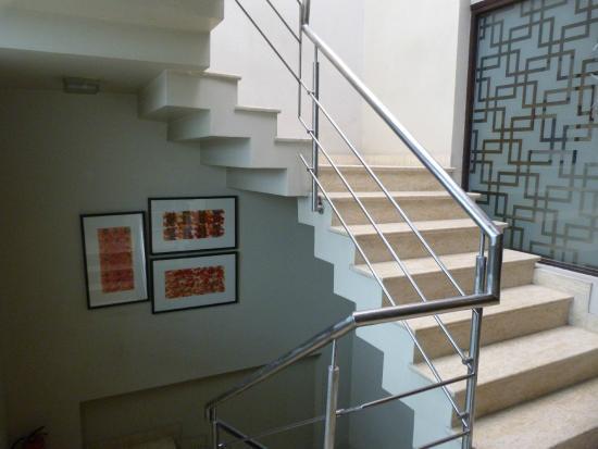 juSTa Gurgaon: Staircase