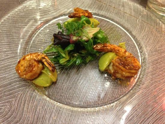 Au Petit Patio: salades de gambas et avocat
