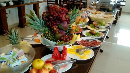 Oscar Hotel Executive: Café da Manhã