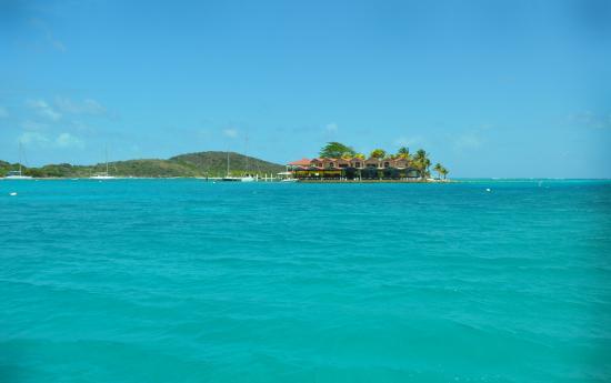 Virgin Islands Boat Rental: Saba Rock
