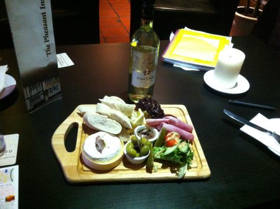 The Pheasant: Great deli board with wine