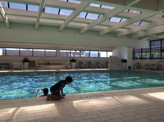 The Ritz-Carlton, Buckhead: Pool after renovation