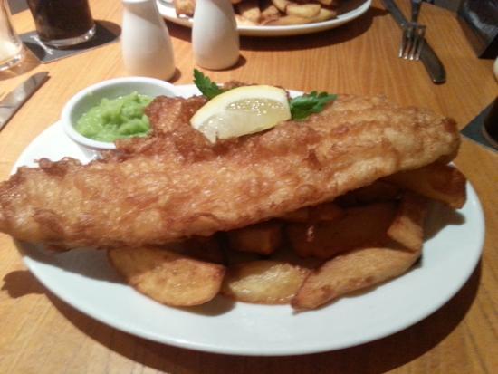 Angel wakefield restaurant reviews photos tripadvisor for Big fish little pond