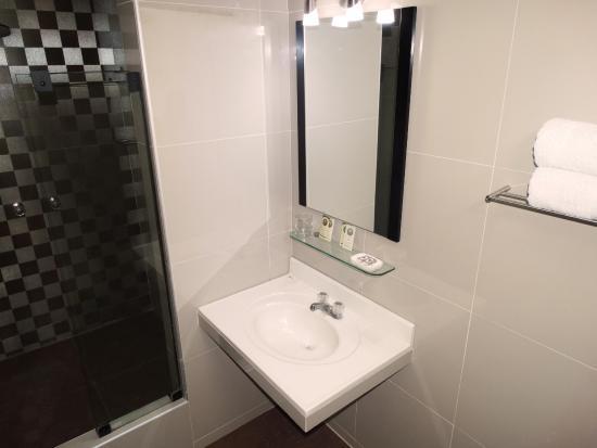 Gran Sipan Hotel: Baño