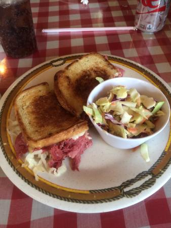 Horseshoe Cafe: The awesome Rueben.