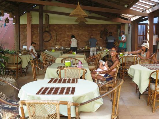 Pousada Girassol: café da manhã