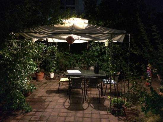 Hostal Romandia: Área externa