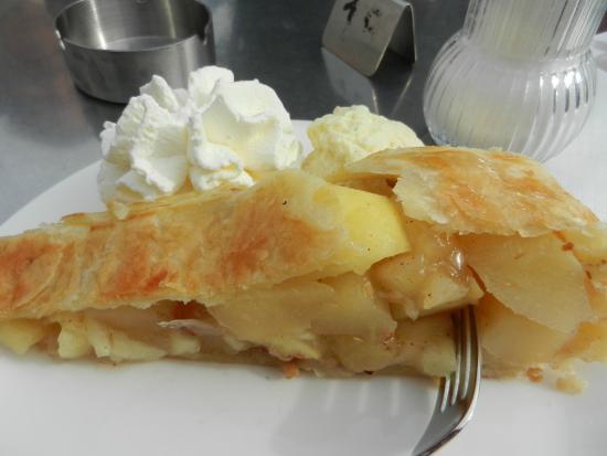 Cafe zum Mohren: Stuk warme appeltaart!