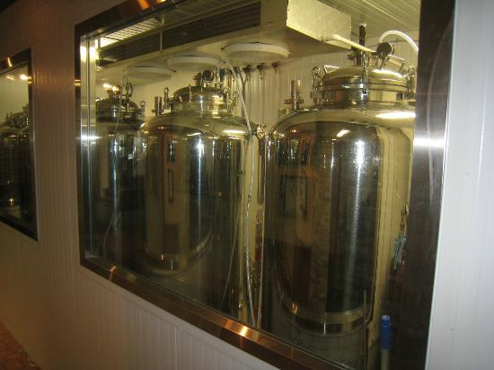 Hotel Roquemont: Micro brewery viewed from hallway