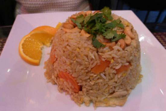 Thai House: Pineapple Fried Rice with Chicken
