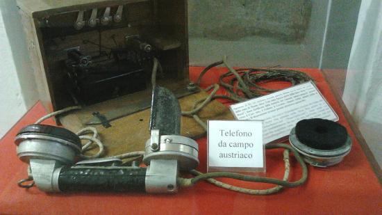 Forte Wohlgemuth di Rivoli Veronese: telefono da campo austriaco