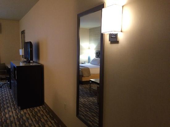 Holiday Inn Express Warwick/Providence : Room