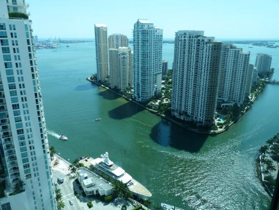 JW Marriott Marquis Miami: View of Miami Bay