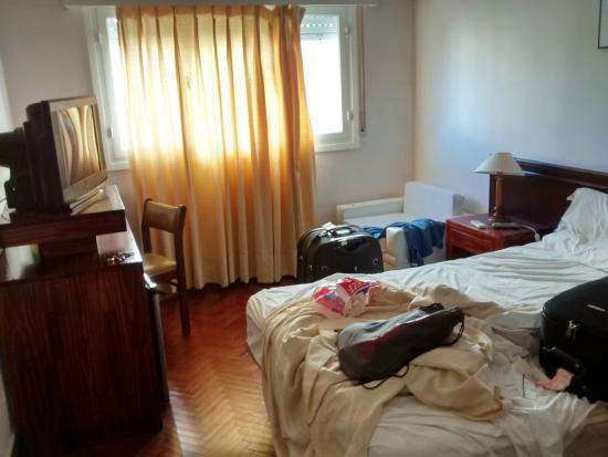 Hotel San Martin: \Quarto de casal (dia do check out)