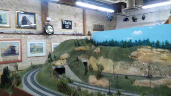 Twin City Model Railroad Museum: Main building