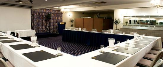 Adelaide Royal Coach: Function Room - Adelaide Room