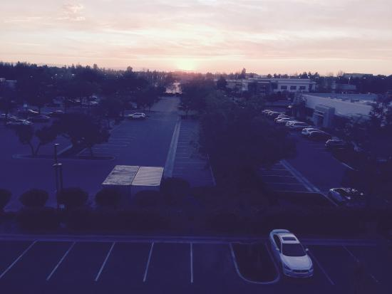 Homewood Suites by Hilton Bakersfield: The view.