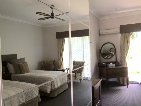 The Noble Grape Guest House : Twin Long Single