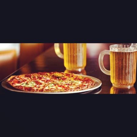 Shingle Springs, Kaliforniya: Pizza and Beer