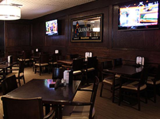 Photo of Bar Fox & Fiddle Restaurant at 13-115 York Blvd, Richmond Hill L4B 3B4, Canada
