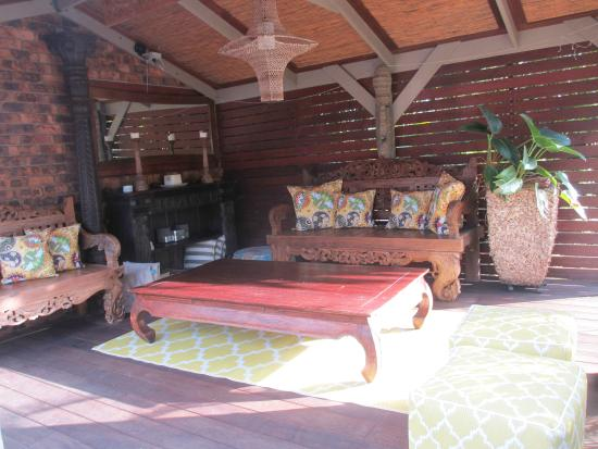 Ballina Palms Boutique Motel: Outdoor sitting area