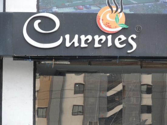 Curries : The restaurant