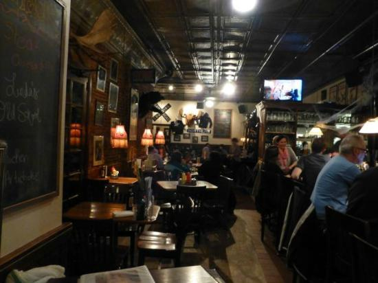 Sidetrack Bar & Grill : Inside Sidetracks #2