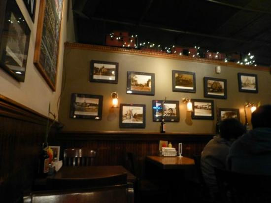 Sidetrack Bar & Grill : Inside Sidetracks #1